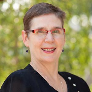 Rev-Linda-Hart