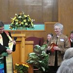 Presentation of the Stole by Chris Martin and the Installation Team